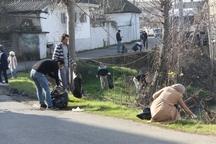 جمع آوری 2 تن زباله از طبیعت آستارا به مناسبت روز هوای پاک