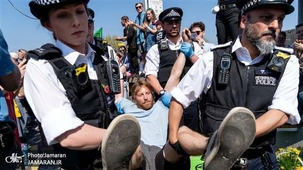 لندن همچنان در تصرف فعالان+ تصاویر