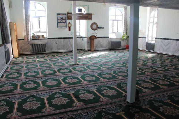 تعمیر و تجهیز مساجد سروآباد با مشارکت بنیاد مستضعفان