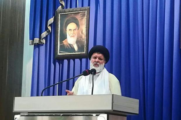 مردم ایران با صبر بر مشکلات پیروز می شوند