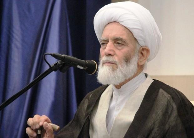 استاندار: خدمات امام جمعه همدان در اذهان باقی می ماند