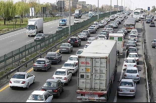 ترافیک سنگین در محورهای استان البرز