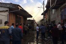 مهار آتش سوزی دو باب منزل مسکونی در لاهیجان