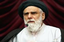 امام جمعه کرمان: مومن باید هوشمند و با بصیرت باشد