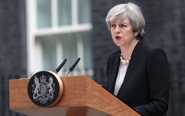سایه تروریسم بر انتخابات/ آیا حمله تروریستی منچستر به نفع راست گراها تمام خواهد شد؟