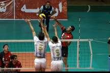 تیم والیبال شهرداری ارومیه مقابل رعد پدافند کاشان شکست خورد