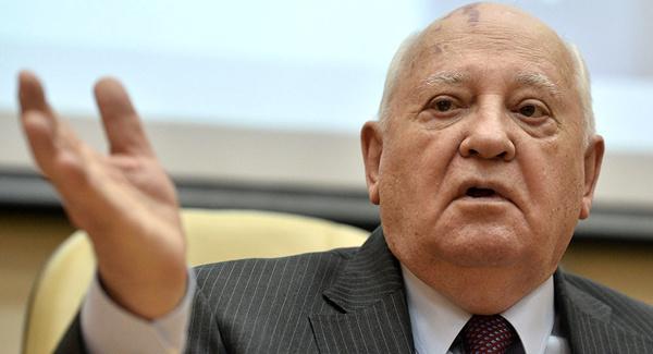 گورباچوف: باید جلوی جنگ سرد جدید را گرفت