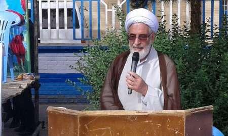 امام جمعه گناباد: سوم خرداد نماد وحدت و همدلی است
