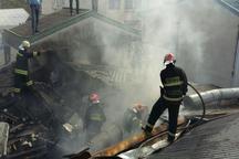 مهار حریق یک رستوران در کلانشهر رشت با تلاش 25 آتش نشان
