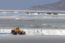 برداشت غیر مجاز مواد معدنی از حریم پارک ملی دریاچه ارومیه ممنوع است