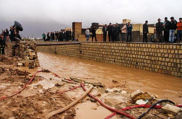 پیشرفت 70 درصدی سیل بند محله بانبرز شهر ایلام