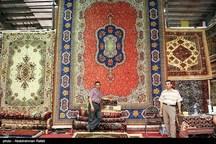 فرش دستباف قم چشم انتظار تدبیر برای ورود به بازار خارجی