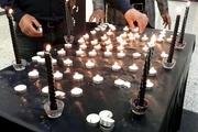 خبرنگاران کهگیلویه به یاد مسافران آسمانی دنا شمع روشن کردند