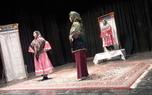 نمایش 'ترانه های تلخ تارا' در ارومیه به روی صحنه رفت