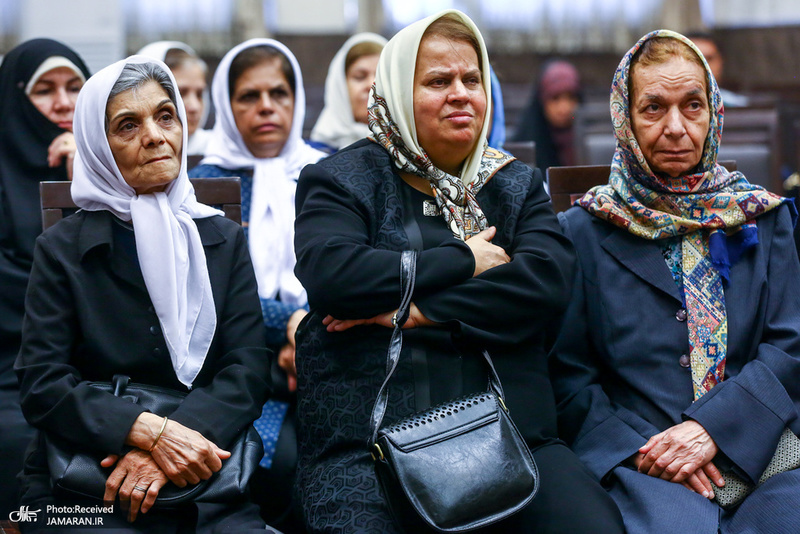 مراسم بزرگداشت امام خمینی در آتشکده زرتشتیان