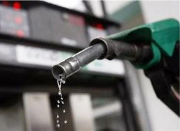 انتقاد شهروندان ماهشهری ازپنج روز اختلال در عرضه بنزین