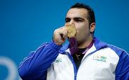 اهدای مدال طلای جهانی بهداد سلیمی به موزه ورزش