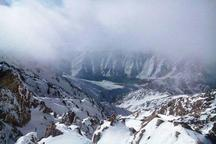 کوهنوردان مشهدی در ارتفاعات اشترانکوه اسیر طوفان شدند  8 نفر همچنان مفقود