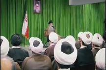 خاطره مرحوم حاج سید احمد خمینی از نماز شب خوانی امام، به روایت رهبر انقلاب
