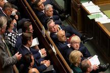 بحران سیاسی در انگلیس در سایه شکست نخست وزیر در برابر مخالفان