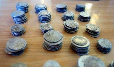 199 سکه عتیقه درشهرستان  مانه و مسلمقان کشف شد