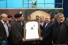 دیدار وزیر ورزش و جوانان و جمعی از ورزشکاران با سید حسن خمینی