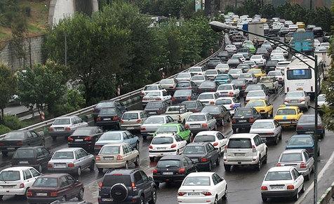 ترافیک نیمه سنگین در آزاد راه کرج- قزوین و کرج-تهران