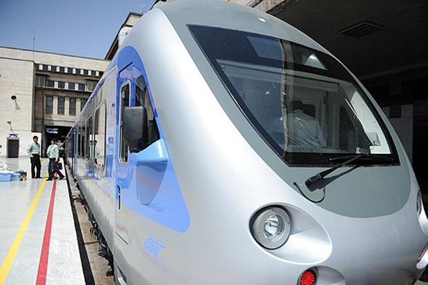قطار سریع السیر تهران-قم- اصفهان اولویت اصلی توسعه استان است