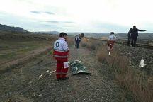 برخورد قطار با عابر پیاده در میانه یک کشته به جا گذاشت