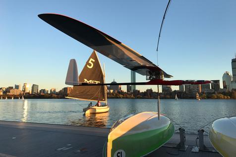 گلایدر جالبی که هم پرنده است و هم قایق! + عکس