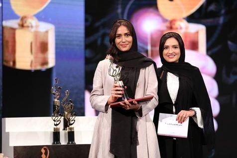 سورپرایز پریناز ایزدیار با کیک و آهنگ تولدت مبارک + فیلم