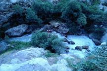 جسد گردشگر اراکی پس از سه روز از رودخانه هراز بیرون کشیده شد
