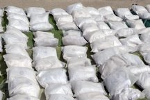 230 کیلوگرم مرفین از کامیون کشنده کشف شد