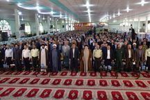 اگر دغدغه تشیع، اسلام و انقلاب داریم باید مراقب توطئههای دشمن باشیم
