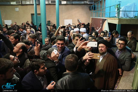 دیدار اعضای مجمع توسعه استان گیلان با سید حسن خمینی