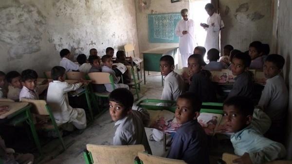 300 هزار دانش آموز سیستان و بلوچستانی نیازمند پوشاک و لوازم التحریر