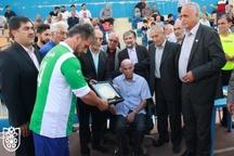 تجلیل از بیوک صباغ و پیشکسوتان فوتبال تبریز