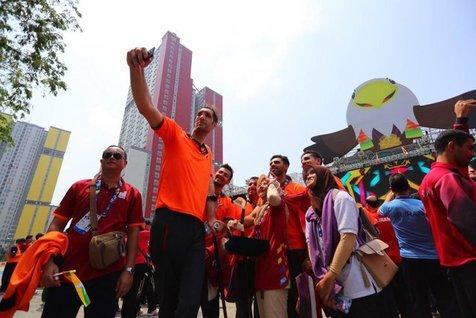 محمدیان با رکوردشکنی طلای پرتاب وزنه مردان را بر گردن آویخت