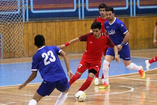 مدافع عنوان قهرمانی لیگ فوتسال برابر ارژن شیراز متوقف شد