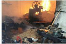 2 واحد تولیدی در محلات طعمه آتش شد