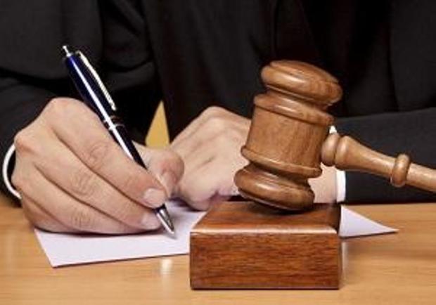 قاضی آبدانان نظافت پارک را جایگزین مجازات حبس کرد
