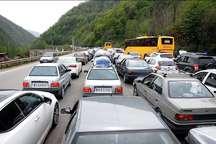 ترافیک در جاده های مازندران نیمه سنگین و پرحجم است