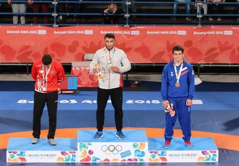 محمد نصرتی و امیر دهبزرگی در کشتی فرنگی به مدال طلا رسیدند