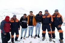 نجات جان سه نوجوان گرفتار در ارتفاعات کوه سرخ
