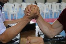 100 مچ انداز قزوینی با هم رقابت می کنند