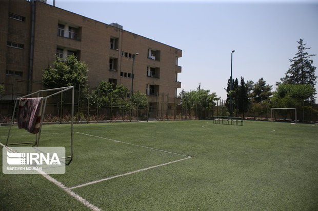 ۱۲ زمین چمن مصنوعی فوتبال در مدارس کهگیلویه و بویراحمد ساخته می شود