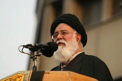 امام جمعه مشهد: قربان، عید تقرب و نزدیک شدن به ذات مقدس پروردگار است