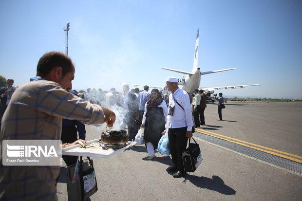 نخستین پرواز بازگشت حجاج کشور در ساری به زمین نشست