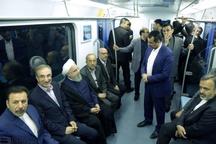 روحانی در متروی مشهد + عکس