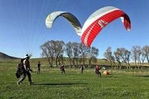 مسابقات کشوری پرواز با پاراگلایدر در شهرستان گلوگاه برگزار می شود